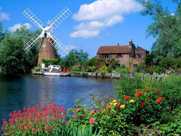 hunsett_mill_norfolk_england_wallpaper.jpg